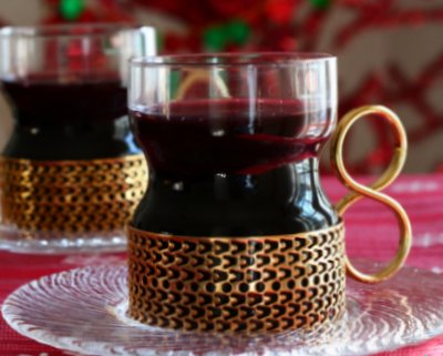 Mulled wine glass in metal holder